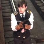 щенка спас машинист поезда