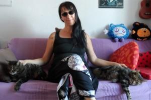 британка вышла замуж за котов